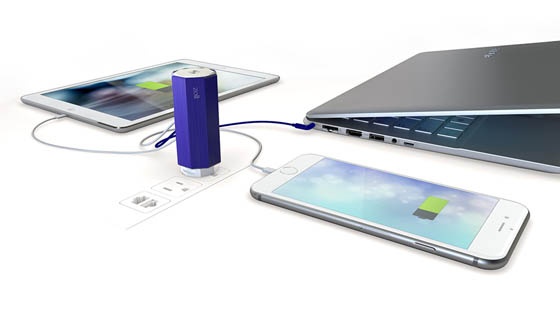 Zolt Charger: the Smallest and Lightest Laptop Charger with 3 USB Devices Outlet