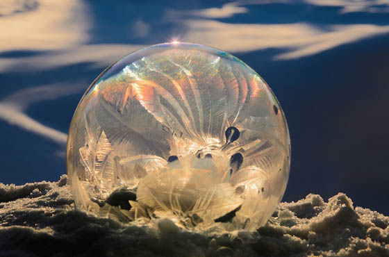 Stunning Ice Crystal Form Inside Frozen Bubble