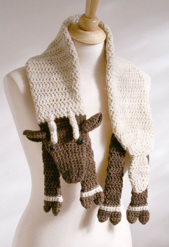 15 Creative and Unusual Crochet Scarves
