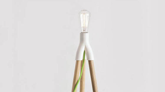 Fantasia: Unusual Lamps With Tripod Base Can Be Extended With Household Objects