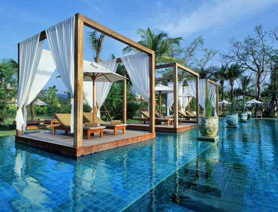 10 Hotel and Resorts With Amazing Pools