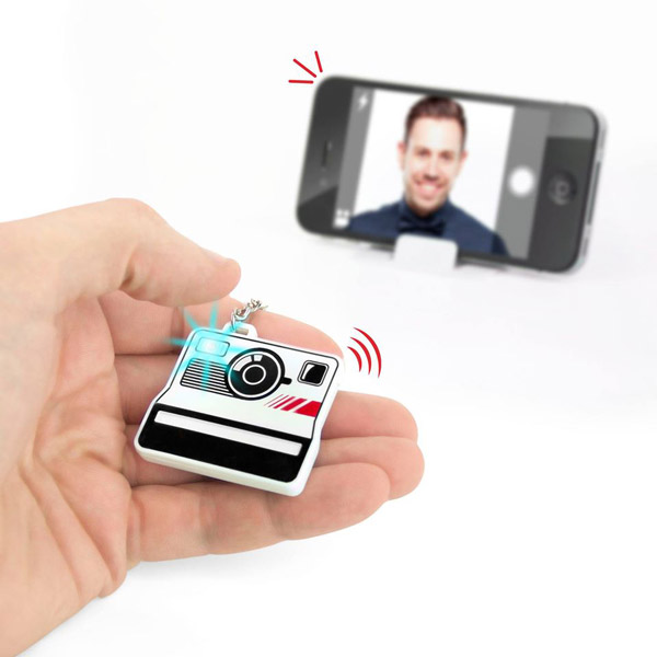 SelfieMe: Bluetooth Photo Button for Your Phone