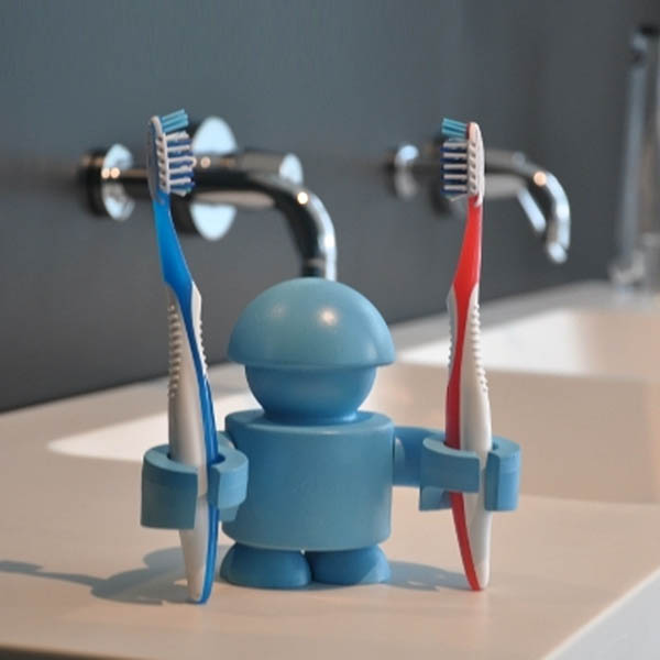 9 Cool and Unusual Toothbrush Holders