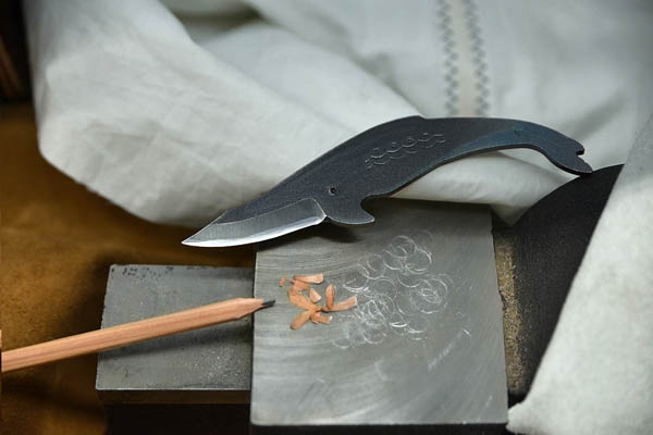 Whale Shaped Kujira Carbon Steel Knives for Small Hands