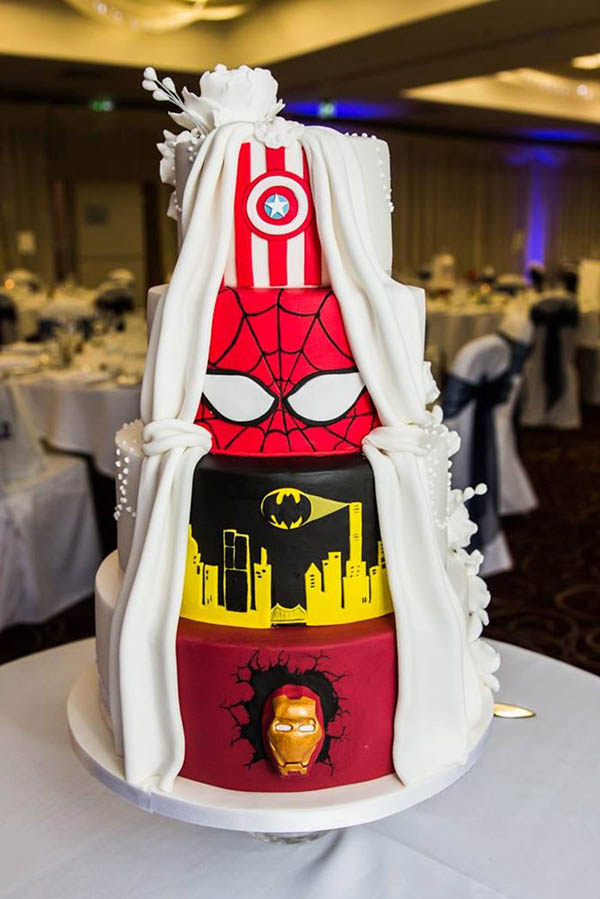 Creative 'Two-Face' Wedding Cake: When Comic Meets Classic