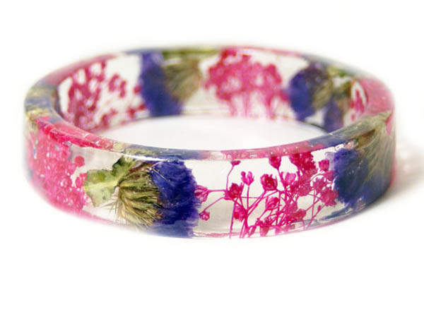 Nature Blessing: Beautiful Handmade Jewelry with Real Flowers
