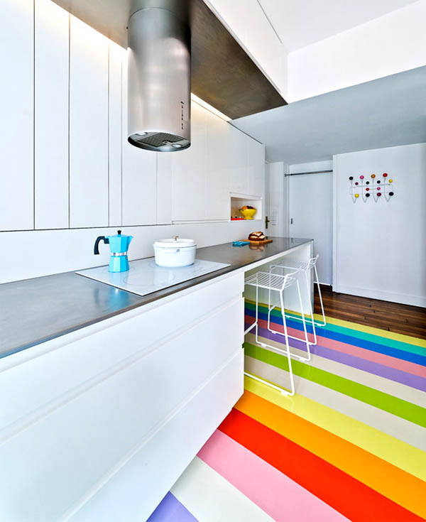 Colourful and Compact Apartment in Paris