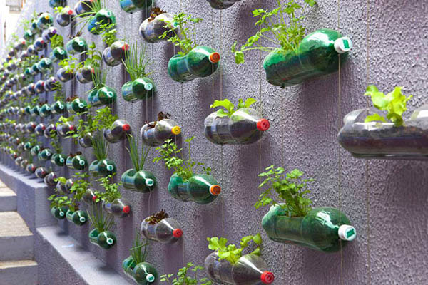 10 Simple but Creative Plastic Bottle Recycling Ideas