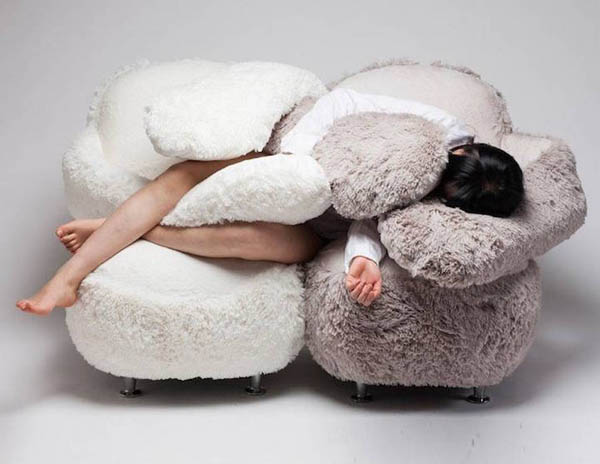 Free Hug Sofa: a Cozy Sofa with Flexible Arms