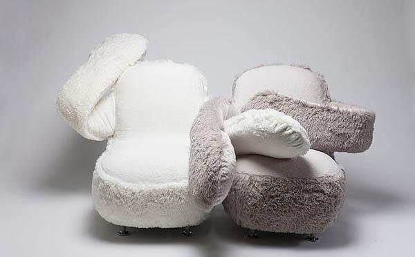 Free Hug Sofa: a Cozy Sofa with Flexible Arms