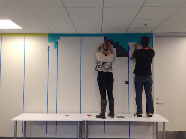 Get Bored With the Drab Walls at Your Office? Let's Have Some Post-It Hero