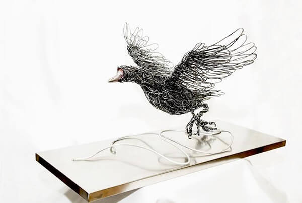 Wire Animal Sculptures in Motion by Candice Bees