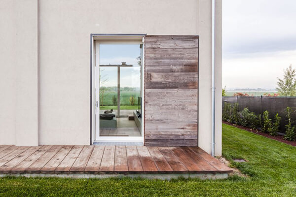 Unique House Renovated From an Old Barn in Italy