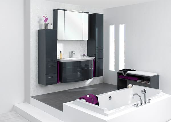 Top ways to design a functional but beautiful small bathroom