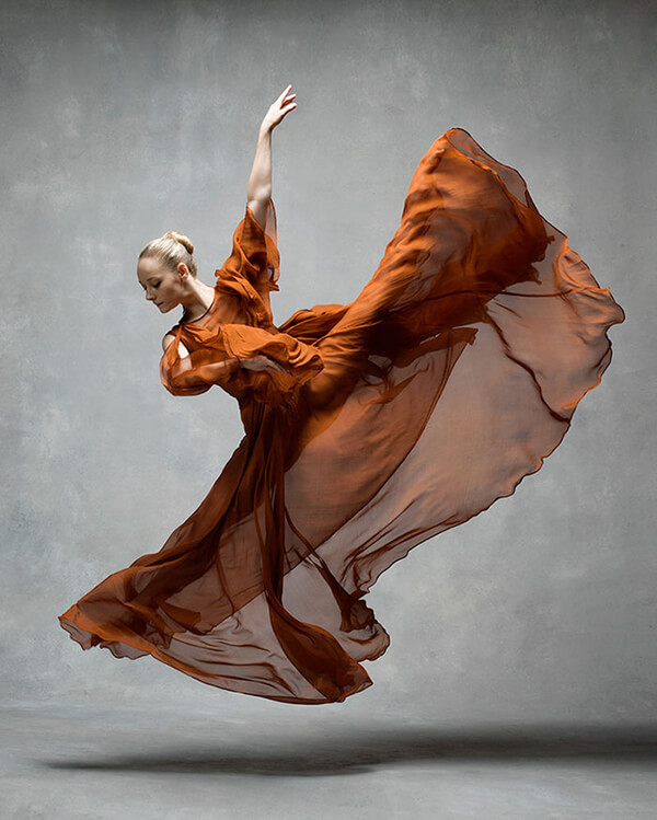 NYC Dance Project: Stunning Photos of Dancers in Motion