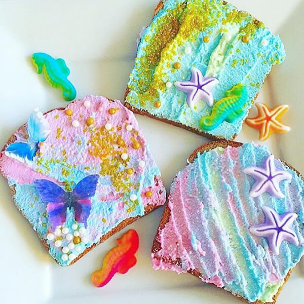 HMermaid Toast: The Most Magical Food on Instagram Now