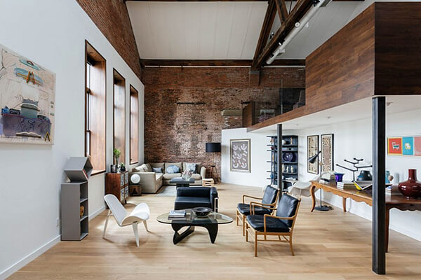 Unusual Tall Loft Design in New York City