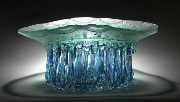 Stunningly Surreal Jellyfish-like Glass Tables