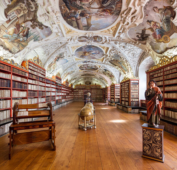 Most Beautiful Libraries Around the World by Reinhard Görner