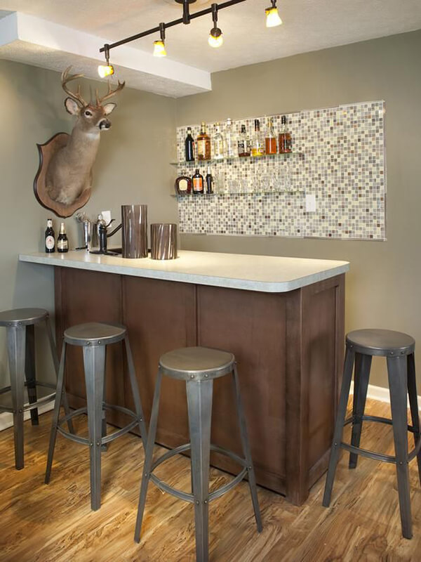 10 Bold Home Bar Designs