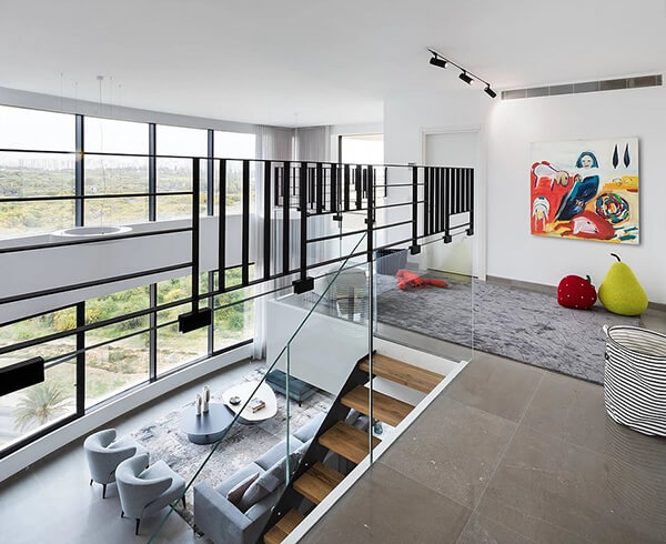 Modern Duplex Apartment in Tel Aviv, Israel