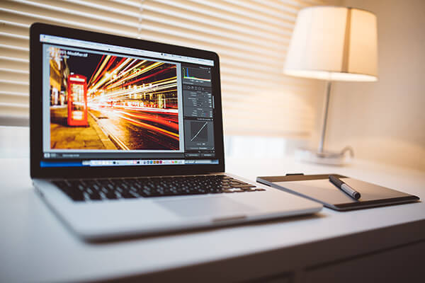 4 Pieces of Photography Software That Are Incredibly Useful