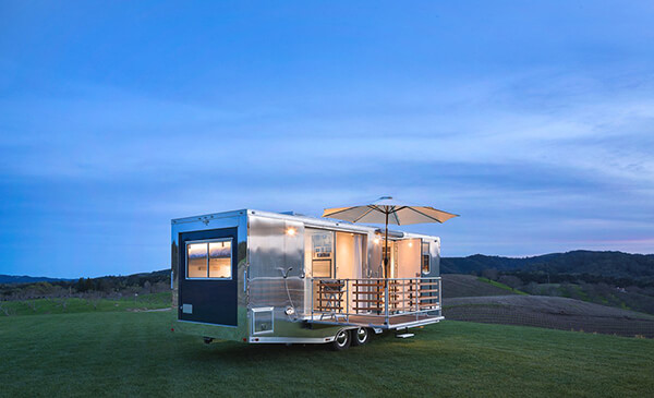 Living Vehicle: Tiny Home On Wheel