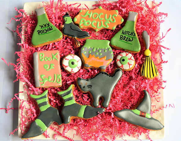 12 Mouthwatering Halloween Cookies You can Order Online