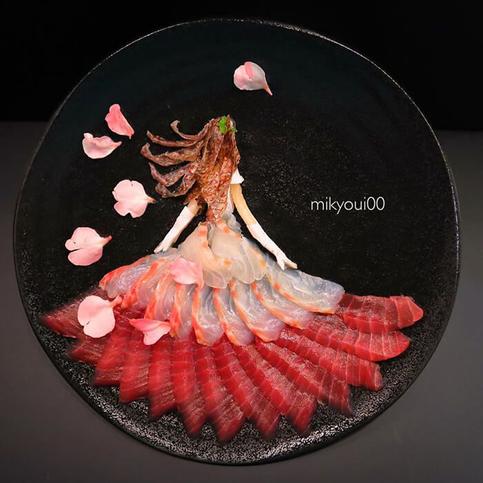 Probably The Most Beautiful Sashimi Plating You've Ever Seen