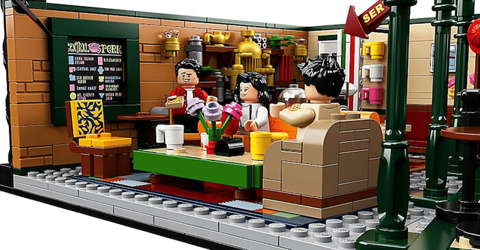 Friends Central Perk LEGO Set: A Prefect Gift for Friends Fans