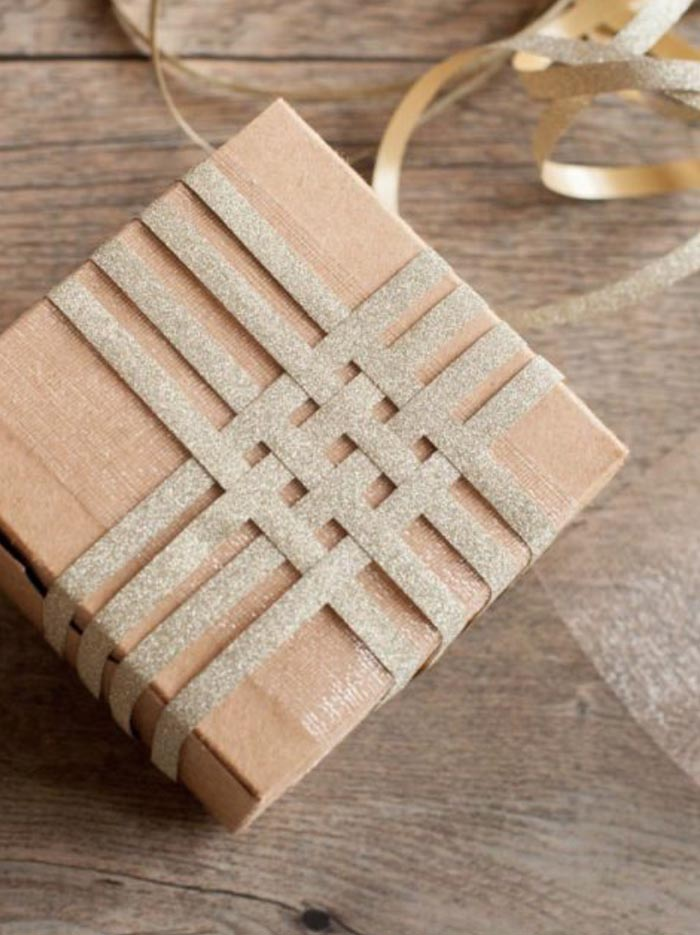 15 DIY Gift Wrapping Ideas Go Perfectly with Brown Kraft Paper